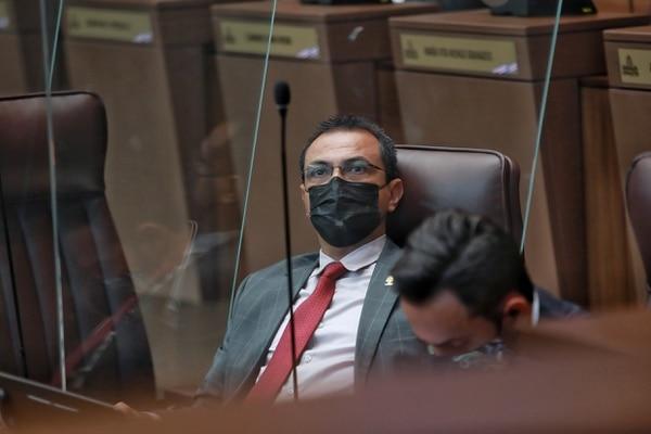 El diputado Óscar Cascante, del PUSC, hizo gestiones en favor de tres sospechosos de narcotráfico ante al menos cuatro instituciones públicas. Foto: John Durán