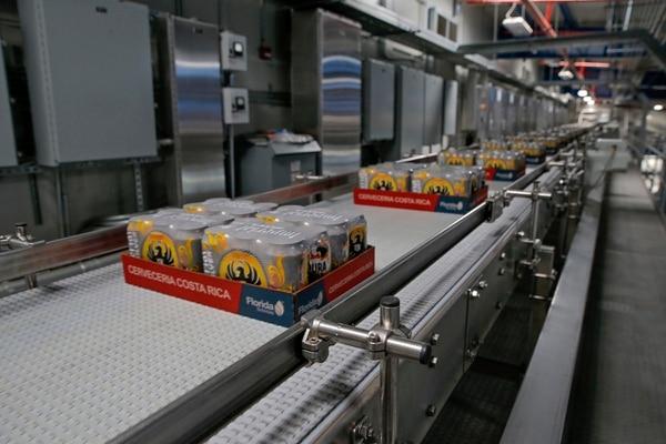 Florida Ice & Farm (Fifco) implementó medidas para mitigar el impacto económico del coronavirus en los negocios que comercializan sus productos. Fotografía: Mayela López/Archivo.