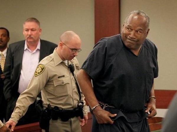 Simpson quiere demostrar que el abogado que lo defendió en un juicio, en el que se le acusó de robo tenía un conflicto de intereses. EFELucha.