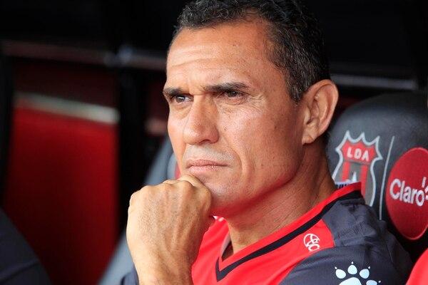 Luis Diego Arnáez planteó un partido agresivo contra Saprissa y le funcionó. Fotografía: Rafael Pacheco