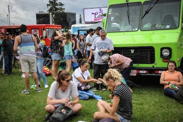En setiembre se realizó un festival de food trucks en La Sabana. Parque Viva se diferenciará con una oferta de cervezas artesanales y vinos, área de mesas estilo pic-nic , así como una guardería infantil. Archivo / Gaby Téllez