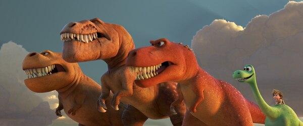 Pixar y Disney dan su segunda película animada del 2015, sobre la amistad de un niño y un joven dinosaurio. ROMALY PARA LN