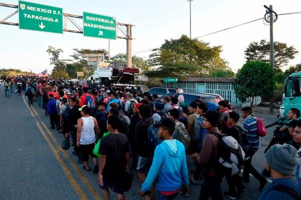 La migración ilegal desde Guatemala, El Salvador y Honduras ha tenido un sobresalto desde el último trimestre de 2018 con la salida de caravanas de migrantes que huyen de la pobreza y la violencia. Foto: Alfredo Estrella / AFP