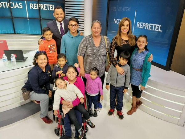 Del 12 al 16 de febrero los noticieron de Repretel presentarán historias de superación en el marco de la campaña 'Camino a clases'. Diego Díaz para LN
