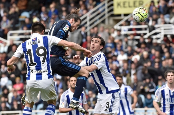 El galés Gareth Bale marcó de cabeza a los 80 minutos en el triunfo del Real Madrid 1-0 sobre la Real Sociedad.