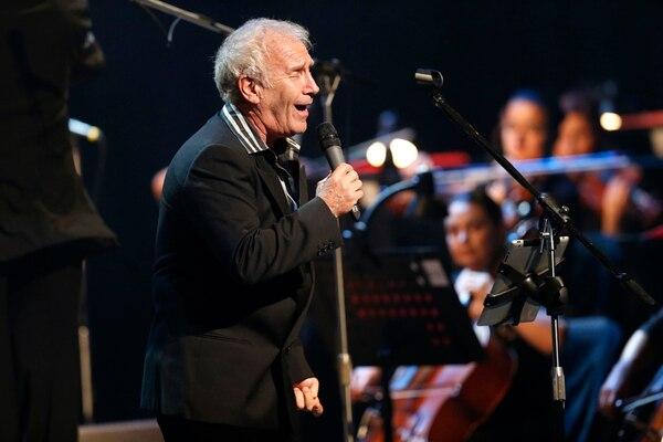 Víctor Kapusta es la reconocida voz de éxitos como 'Hoy te doy la mitad de lo que soy'. Foto: Rafael Pacheco