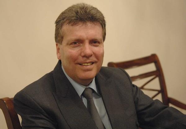 La imagen de Walter Muñoz podría permanecer en la papeleta presidencial para las elecciones del 2 de febrero.