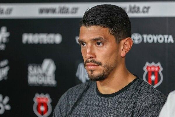 El futbolista de 28 años afirma estar tranquilo y confía en que se haga el debido proceso en su defensa. Foto: José Cordero