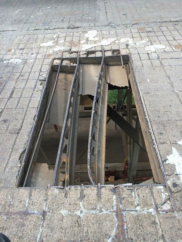 El MOPT anunció que provisionalmente colocarán una tapa en el hueco y el martes se reparará de forma definitiva.
