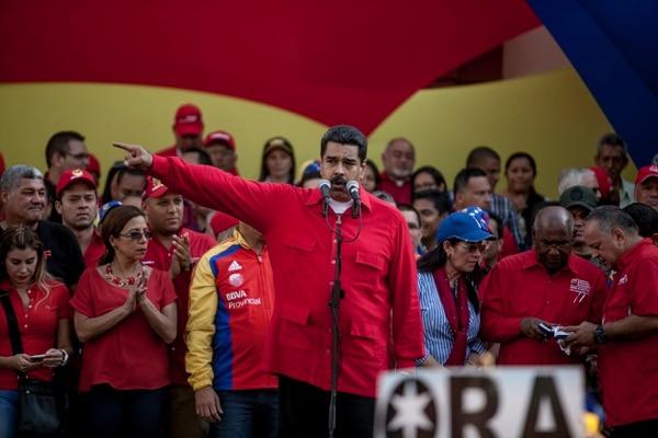 El presidente de Venezuela, Nicolás Maduro, durante una reunión política en contra del Congreso en Caracas.