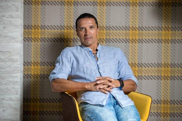 Erick Lonnis estará en la nueva comisión técnica de la Fedefútbol. Fotografía: José Cordero.