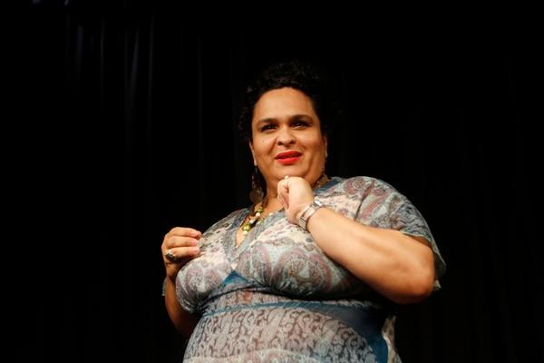Conocida. Yesenia Artavia interpretará dos personajes en el espectáculo Comedia entre mujeres. Gesline Anrango