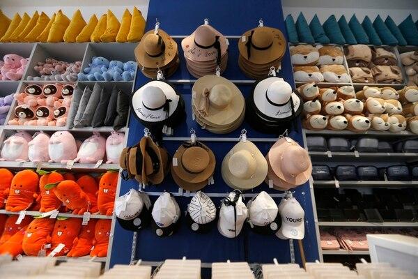 Fotografía de los productos de la tienda Lätt Liv en San José. Fotografía: John Durán.