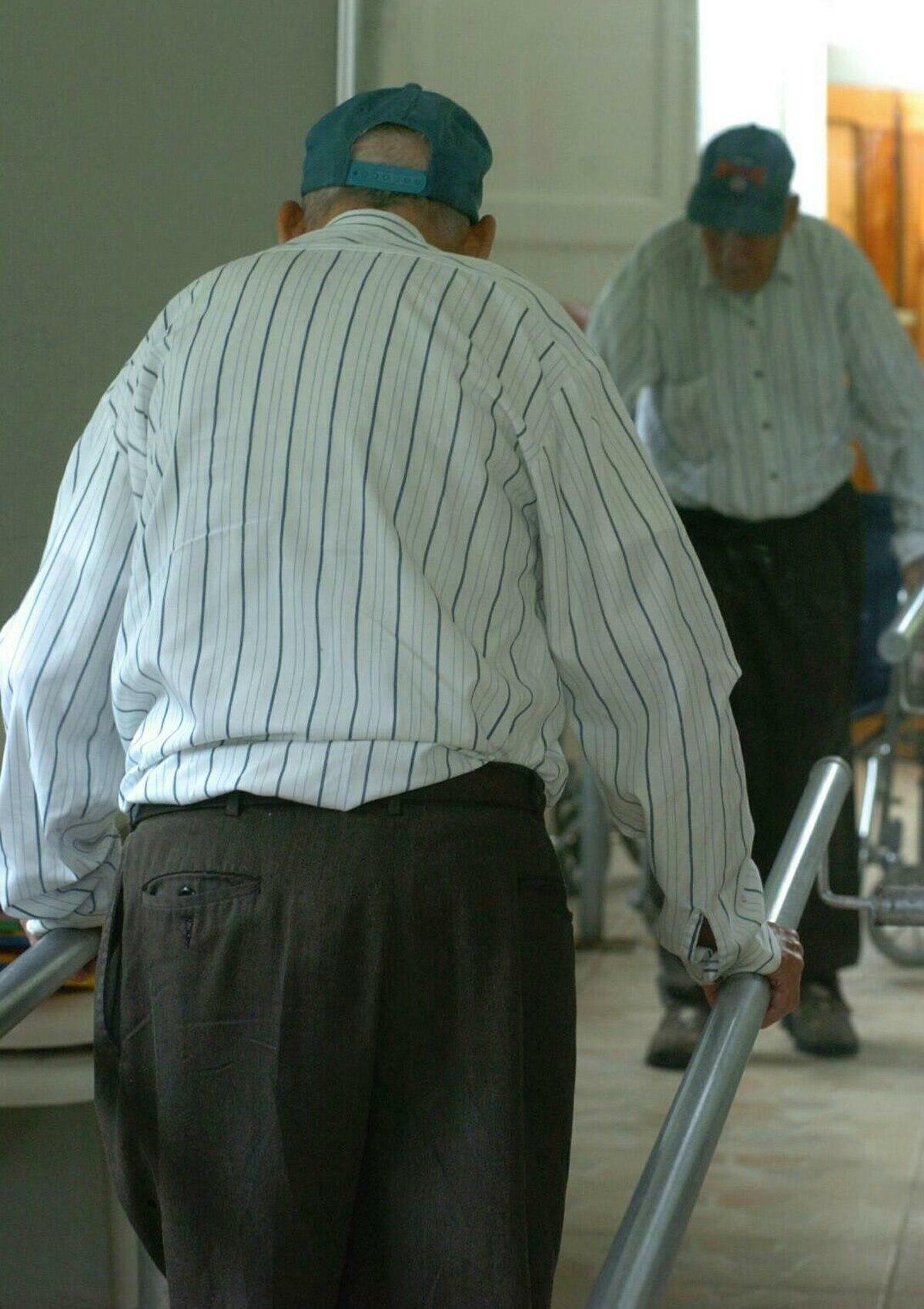 Solo la mitad de los adultos mayores se recuperan al 100% después de ...