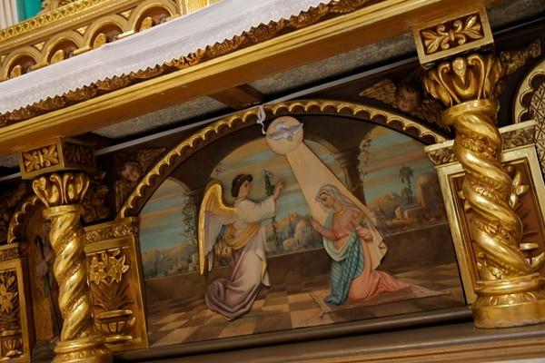Pintura ubicada en el altar de la parroquia Inmaculada Concepción de Heredia, y que fue hecho por el artista local Manuel Argüello. Fotos: Mayela López
