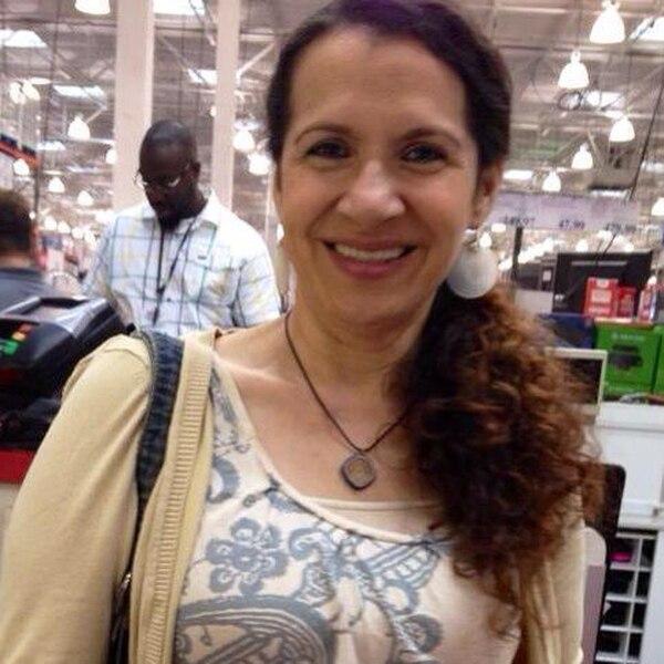 Noelia Fernández, de 58 años, vivía en Estados Unidos desde hace 25 años. Se dedicaba a conducir un bus escolar. Foto: Tomada del Facebook de la víctima