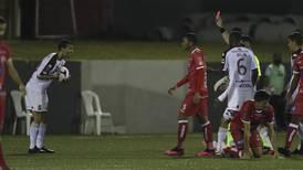"""Mariano Torres esta vez fue víctima del """"crea fama y échate a dormir"""""""