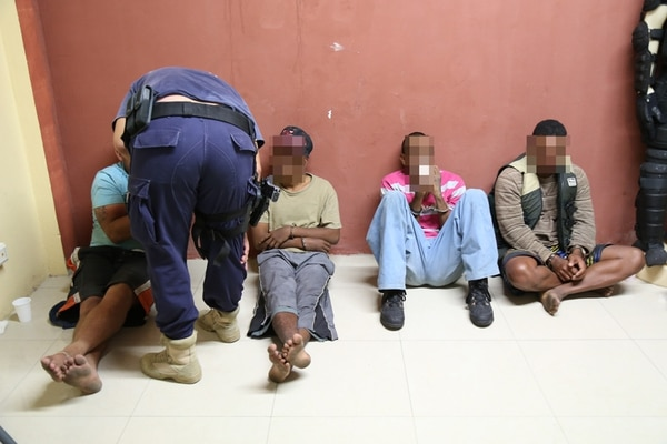 En los tres casos los detenidos quedaron a la orden de la Fiscalía.