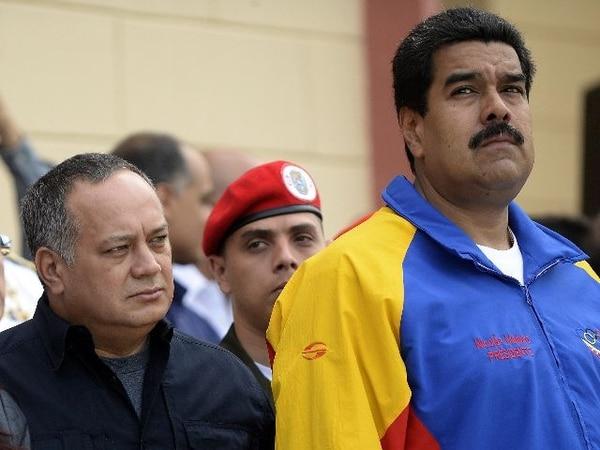 Diosdado Cabello junto al presidente venezolano, Nicolás Maduro AFP PHOTO/JUAN BARRETO