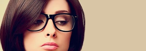 Maquillaje para mujeres que usan anteojos