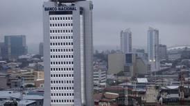 Banco Nacional presupuestó aumento salarial del 3% por anualidades pese a restricción legal