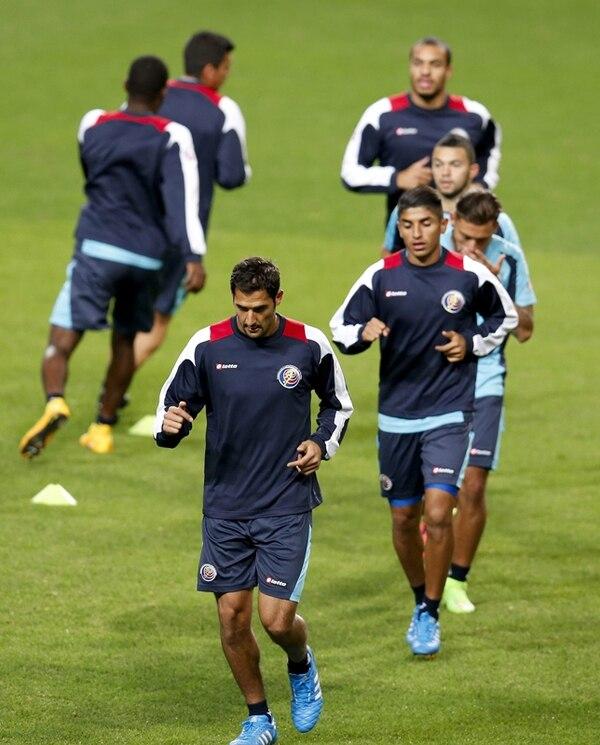 La Selección de Costa Rica realizó ayer el reconocimiento del estadio Sangam World Cup de Seúl, para preparar el juego ante Corea del Sur. | EFE