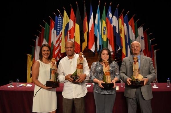 Durante la inuguración oficial de la edición 29 de Expotur, se entregaron anoche los premios a empresarios destacados en diferentes sectores. | EXPOTUR PARA LN