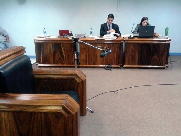 Los representantes del Ministerio Público Paul Fuentes y Laura Hernández consideran que fue un homicidio calificado.