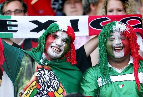 Las autoridades no tienen un estimado de la cantidad de aficionados mexicanos que podrían ingresar al país para el partido del martes.