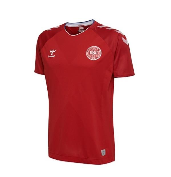 Los daneses vuelven a un mundial por primera vez desde el 2010. Para ello  vestirán 827b5721d34fc