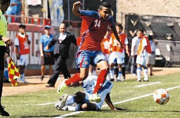 Rosbin Mayorga destacó en el Premundial de abril, en Tijuana, México. La Sub-17 volvió el lunes pasado a las prácticas. | DIARIO FRONTERA (TIJUANA) PARA LN