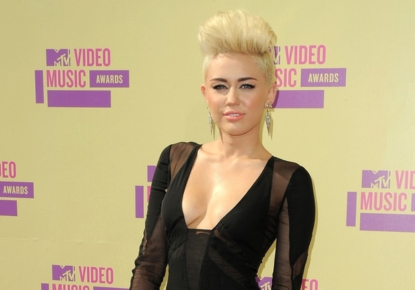 La cantante Miley Cyrus aseguró que esta iniciativa ayudará a la aceptación de la comunidad gay. Foto: AP