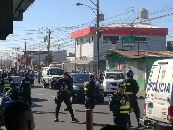 Un joven falleció luego de ser acribillado a balazos en la ciudadela León XIII, en Tibás. Foto: Cortesía de Traffic506