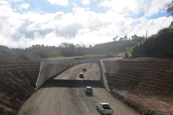 El Gobierno prometió dejar en un 90% el tramo central de la vía a San Carlos.