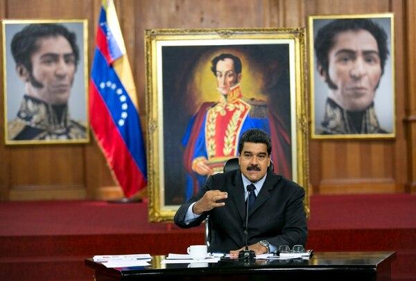 El presidente de Venezuela, Nicolás Maduro, habla durante una conferencia de prensa en el palacio de Miraflores, en Caracas, el 18 de enero.