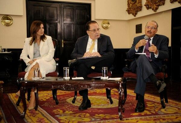 En diciembre, la diputada Silvia Hernández, del PLN, organizó un foro sobre