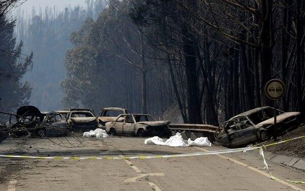 Muchos murieron calcinados dentro de sus vehículos.