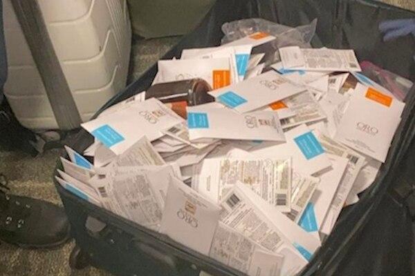 La PCD reportó que el cargamento ilícito sumó un total de 83 kilos con 652 gramos de chocolate con aparente marihuana. Además, a los sospechosos se les decomisó 1.808 dólares en efectivo. Foto: MSP para LN