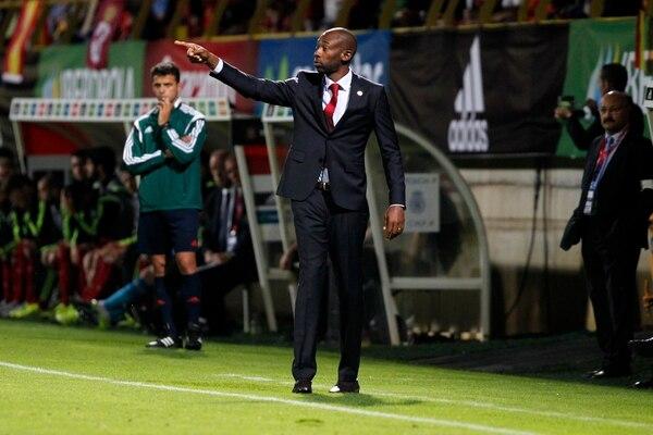 Paulo Wanchope entrenador de Costa Rica durante el enfrentamiento de esta tarde ante la Selección de España.