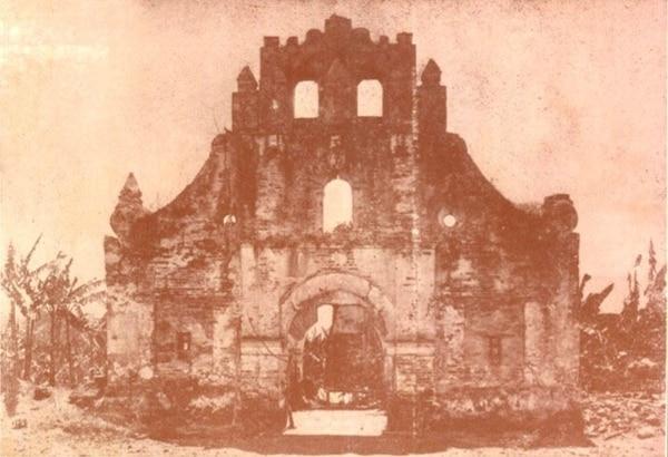 Una imagen histórica de la parroquia de Ujarrás antes de la restauración en el libro de Eladio Prado de 1920. Foto: Cortesía de Tomás Arias.