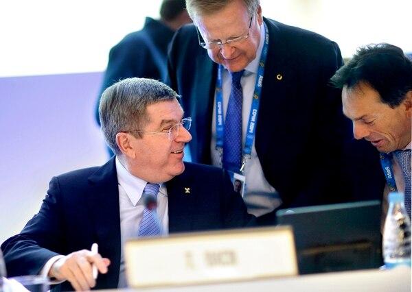 El presidente del Comité Olímpico Internacional (COI) Thomas Bach durante una sesión en Sochi, dos días antes de la inauguración de los Juegos Olímpicos de Invierno.