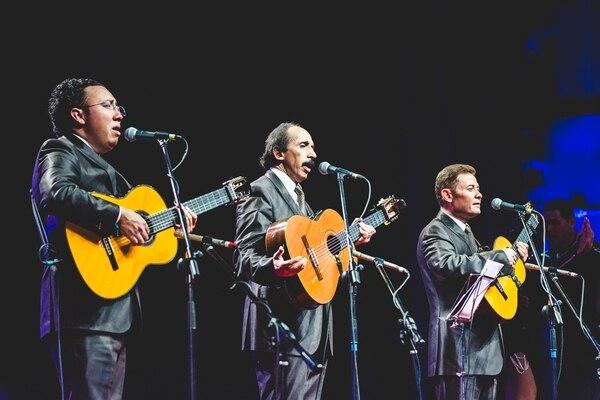 Chucho Navarro, Misael Reyes y Eduardo Beristáin, son la formación actual del trío mexicano Los Panchos.Foto: Luis Alvarado.