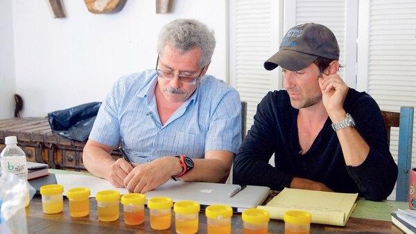 El científico ruso Grigory Rodchenkov (izquierda) se reunió con el director Bryan Fogel durante la investigación del proyecto.