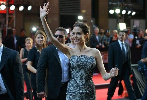 La actriz y directora de cine Angelina Jolie llegó ayer a la premier de su película 'Unbroken' en Sídney, Australia.