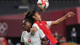 Fútbol femenino de Chile dice adiós a Tokio 2020 de forma prematura al caer ante una potencia