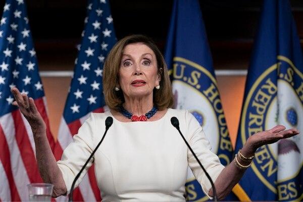 Nancy Pelosi, legisladora demócrata Presidenta de la Cámara de Representantes de Estados Unidos. Ella lanzó la investigación oficial sobre Trump para saber si el presidente es detituible o no. Foto: AP
