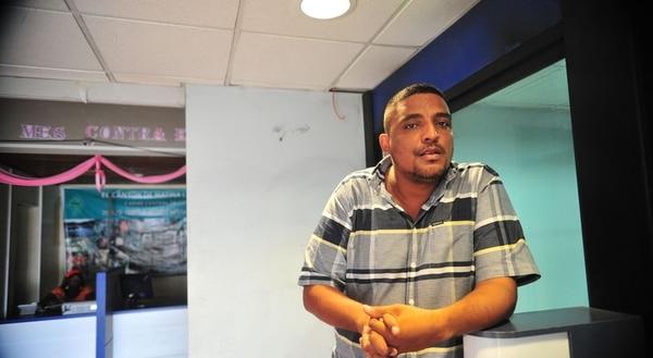 Una sección especializada del TSE resolvió quitar la credencial de alcalde de Matina a Elvis Lawson. Ahora serán los magistrados del alto tribunal electoral quienes decidirán si la decisión queda en firme.