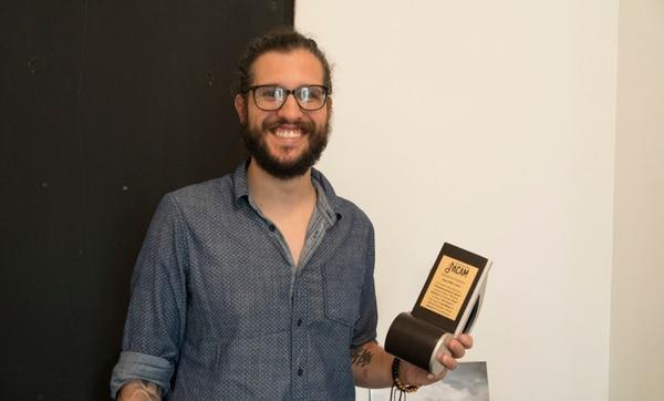 El productor costarricense Juan Pablo Calvo recientemente ganó un premio ACAM. Fotógrafa: Cristina Solís Cabrera