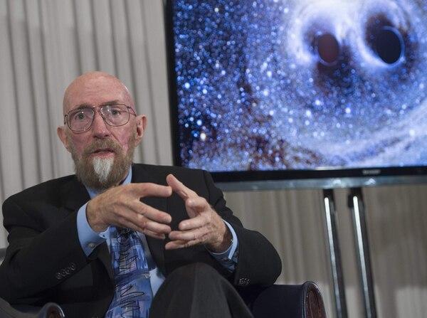 Uno de los fundadores del Observatorio LIGO, Kip Thorne, presentó en conferencia de prensa los resultados de la investigación que comprueba la existencia de las ondas gravitacionales.