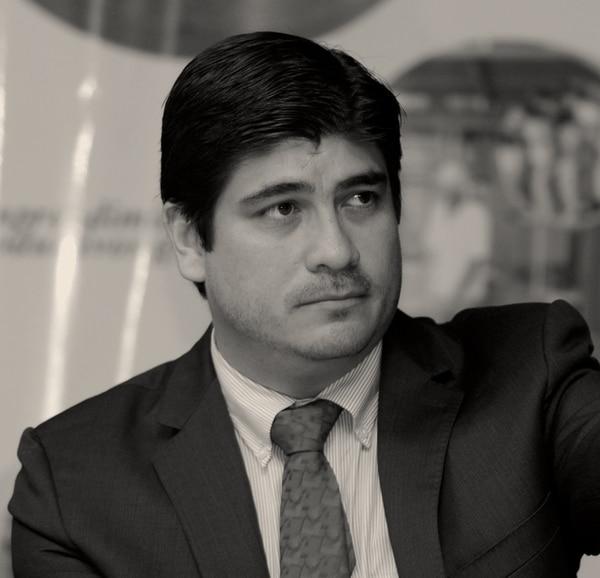 Carlos Alvarado Q., ministro de Bienestar Social.